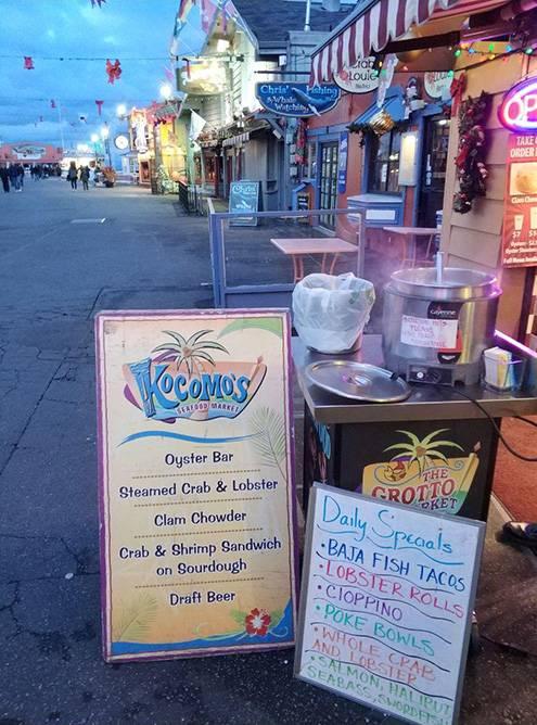 На пирсе в рыбацком городе Монтерее мы бесплатно попробовали крабовый суп, очень вкусный и сытный. Отдельное блюдо стоило 12$ (904<span class=ruble>Р</span>)