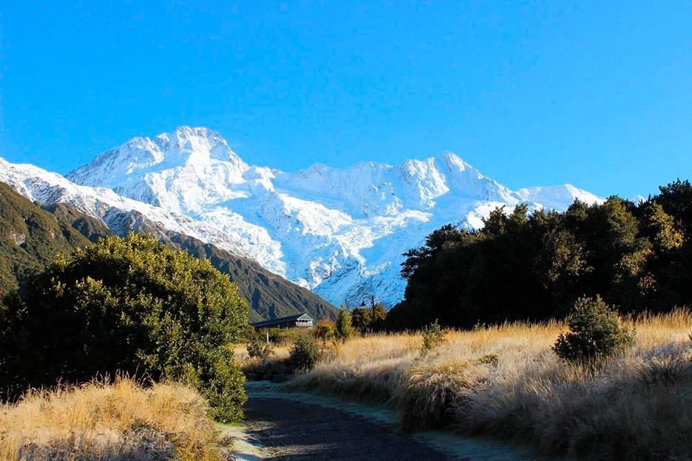 Снежные вершины в национальном парке Маунт-Кук