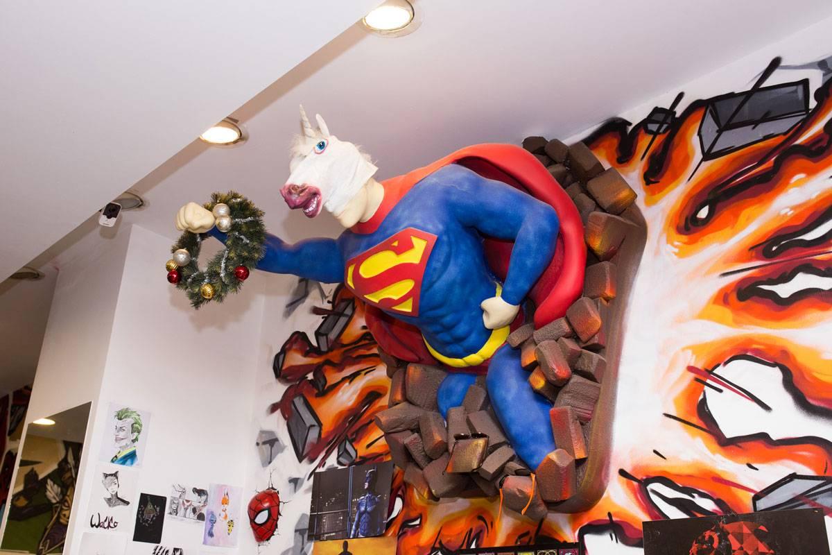 Как открыть магазин комиксов