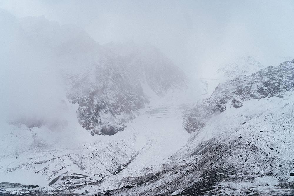 Когда мы пришли, ледник почти полностью скрылся за облаками