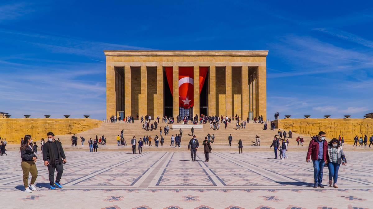 Как в Турции ужесточают карантин: какие ограничения действуют в мае 2021года