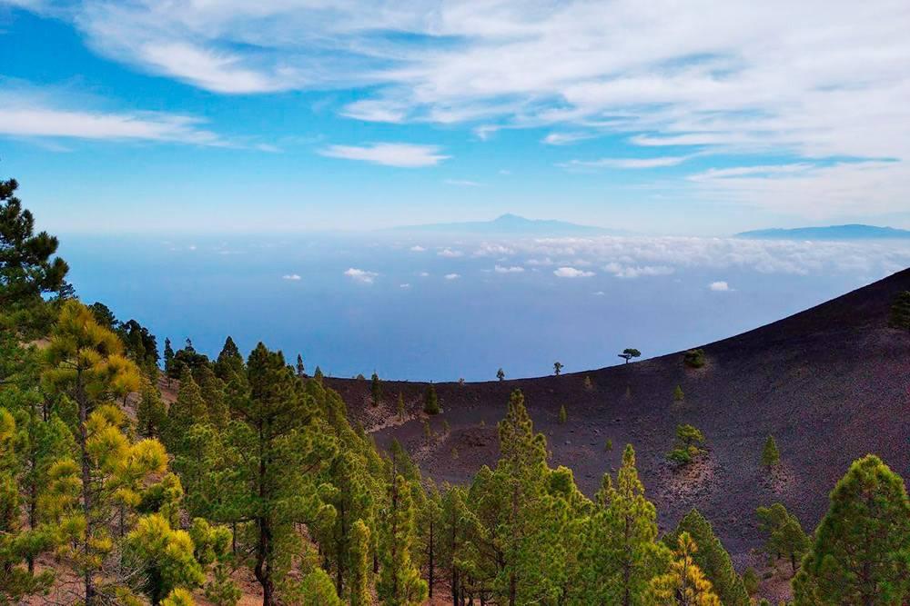 В хорошую погоду можно увидеть соседние острова — Тенерифе и Гомеру