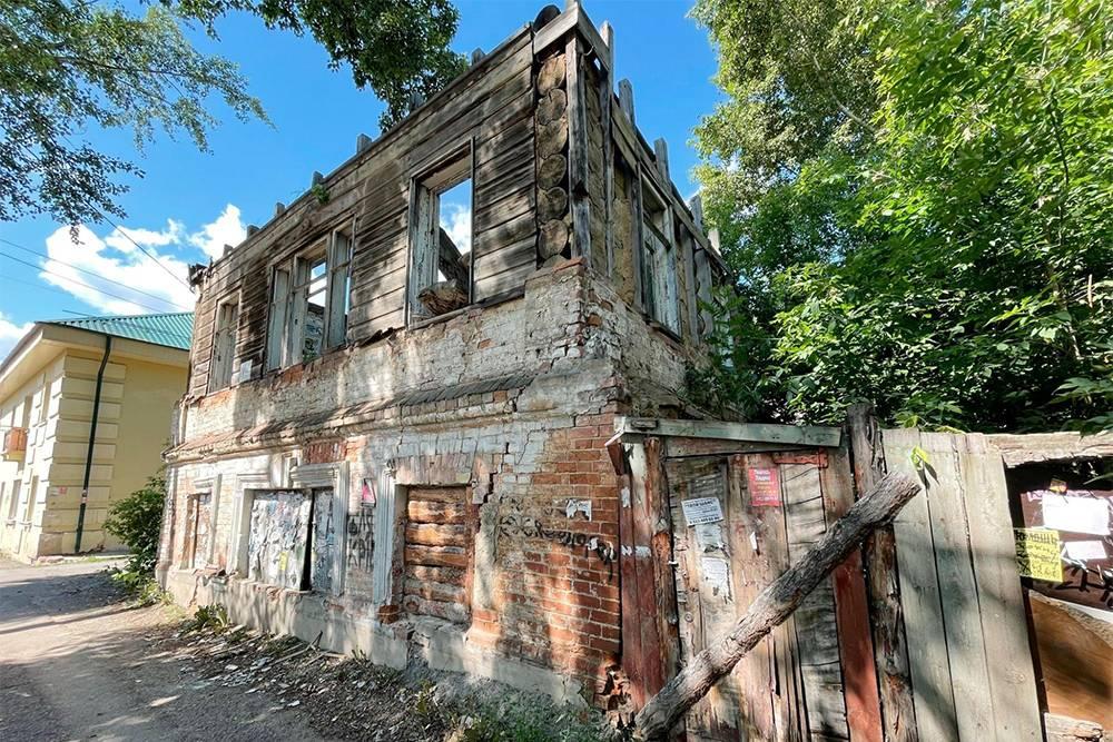 Дом на Никитина, 2а участвует в проекте «Дом за рубль», но пока он никого не заинтересовал