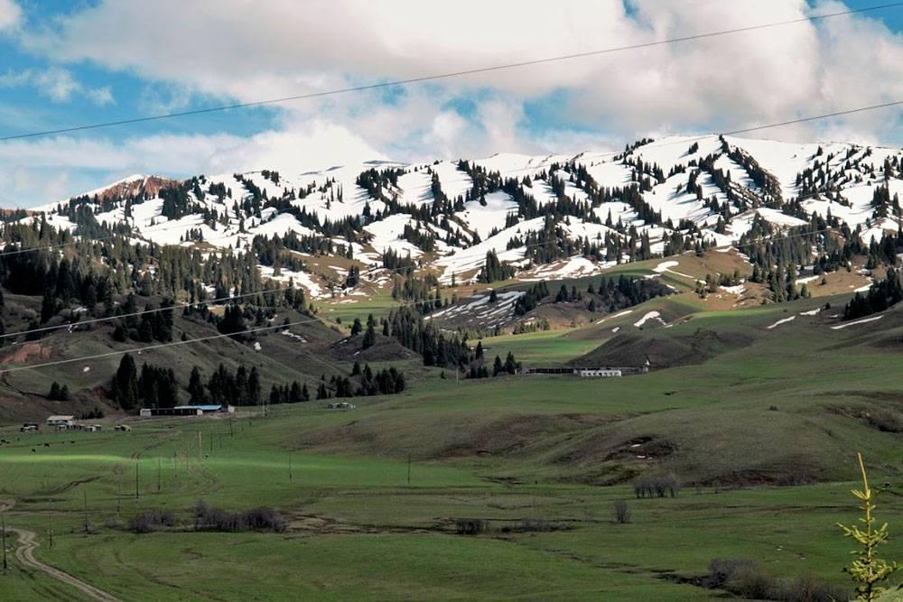 Киргизские горы в районе КПП «Каркара»