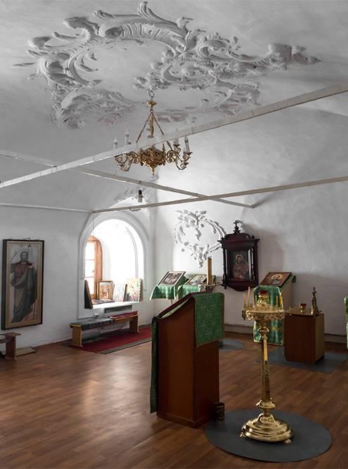 Одно из помещений на втором этаже церкви уже восстановили