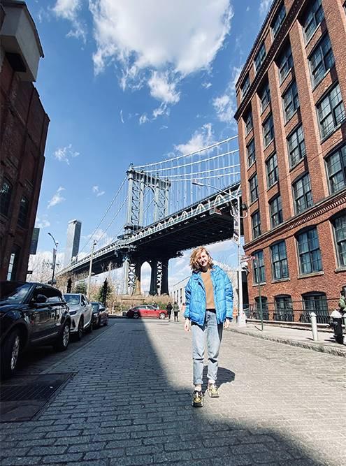 Сфотографироваться на инстаграмном месте у Бруклинского моста стало просто, не нужно ждать очередь
