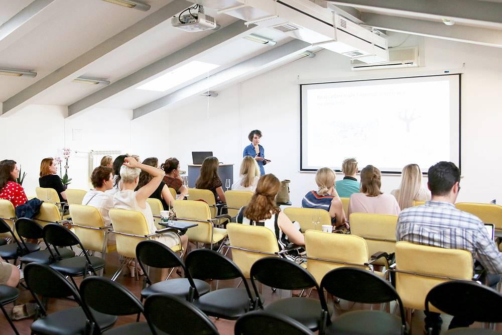 Лекция по вину в лектории «Левел-ван»