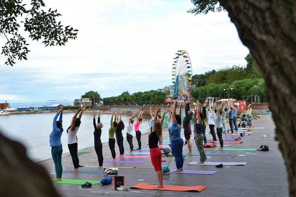 Мой проект помогает бесплатно практиковать йогу у берегов Японского моря
