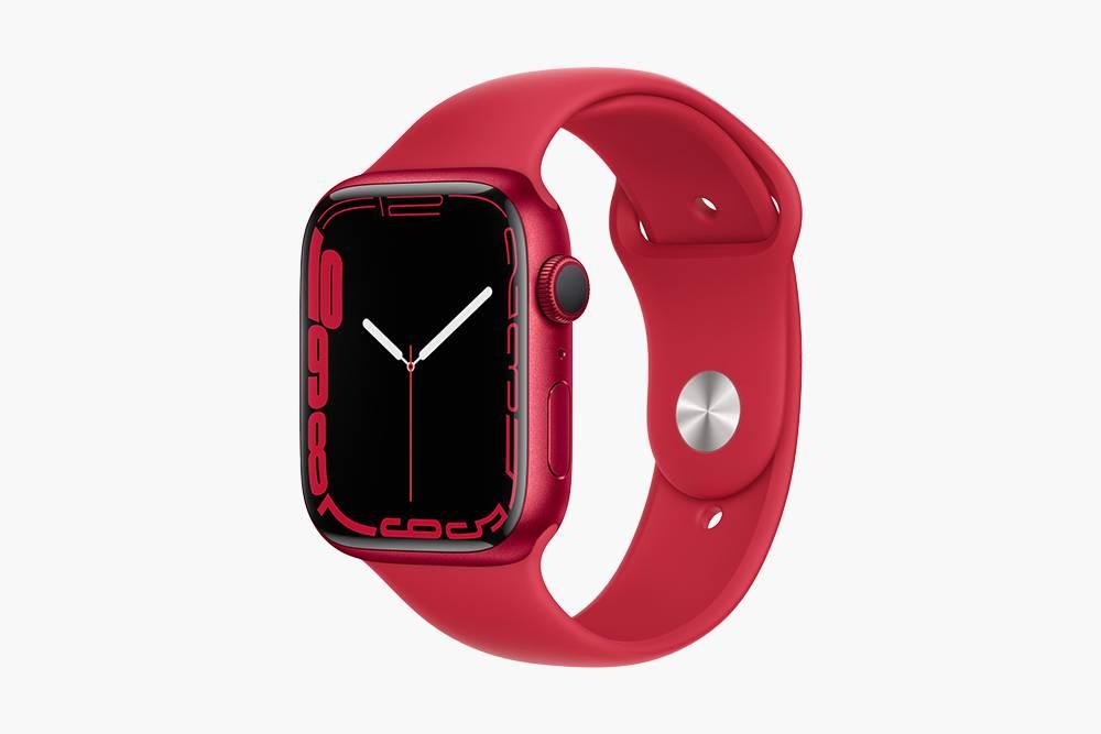 Apple воспользовалась увеличением полезной площади экрана и оптимизировала интерфейс часов — в Apple Watch Series7 появятся два новых циферблата и QWERTY-клавиатура