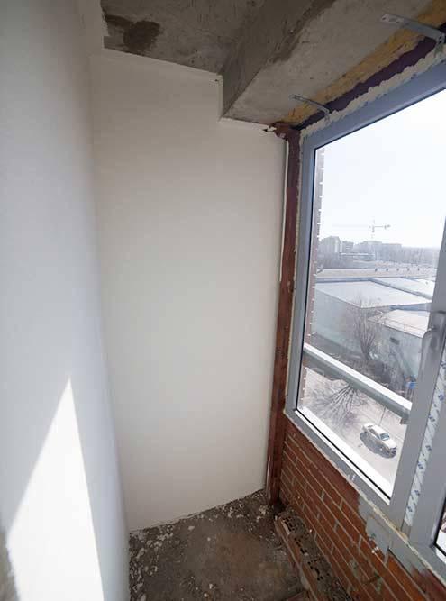 Стеклопакеты и балкон в моей квартире были сделаны хорошо, все окна и балконная дверь легко открывались и закрывались