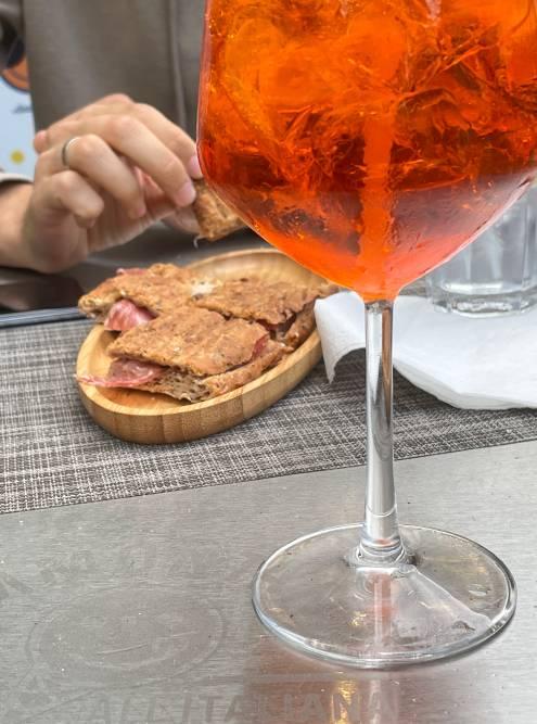 Спритц — самый популярный аперитив во всей Италии