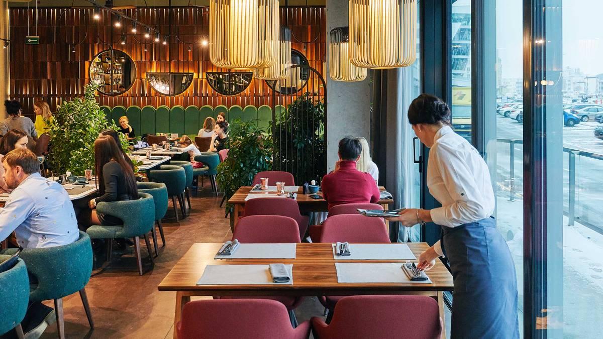 В Москве разрешили ресторанам работать круглосуточно