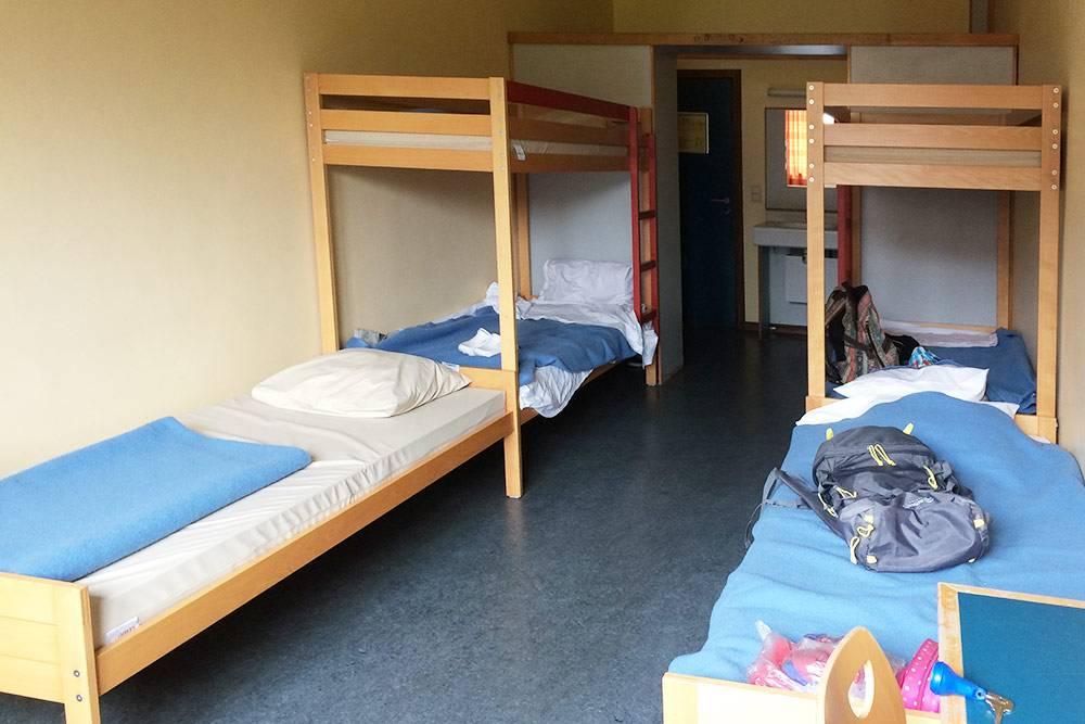 Комната в хостеле в Брюгге