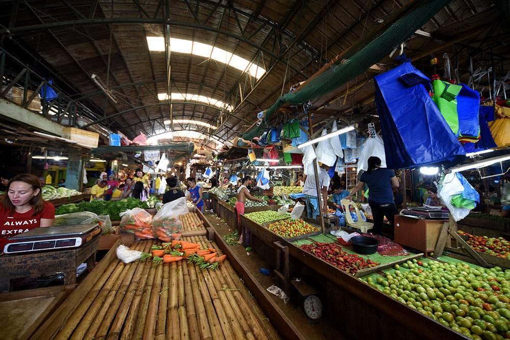 Овощной рынок в Давао. Томаты здесь невкусные