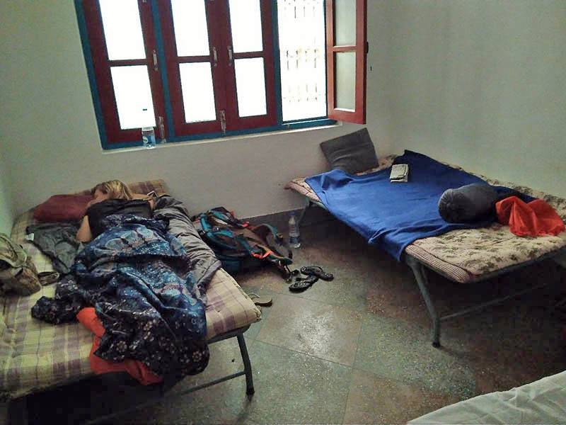 Комната на троих в ашраме в Хайдакане (мы жили вдвоем)