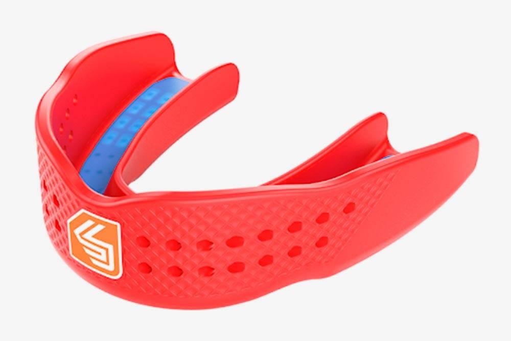 Спортивная капа — защитный пластиковый «чехол», который спортсмен надевает на верхнюю челюсть во время тренировок и соревнований
