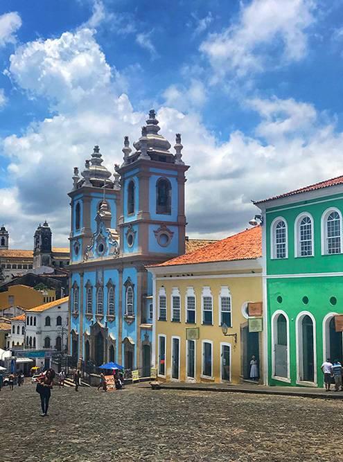 Салвадор, бывшая столица Бразилии. Здесь очень чувствуется колониальное влияние Португалии
