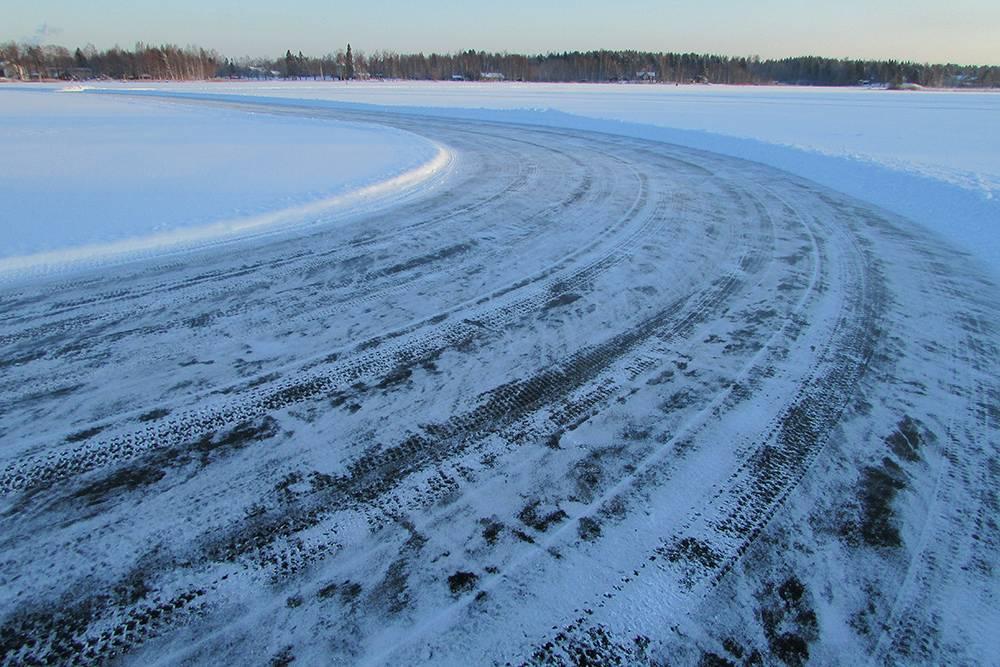 Трасса для коньков в финской деревне Сюсмя, январь 2016 года
