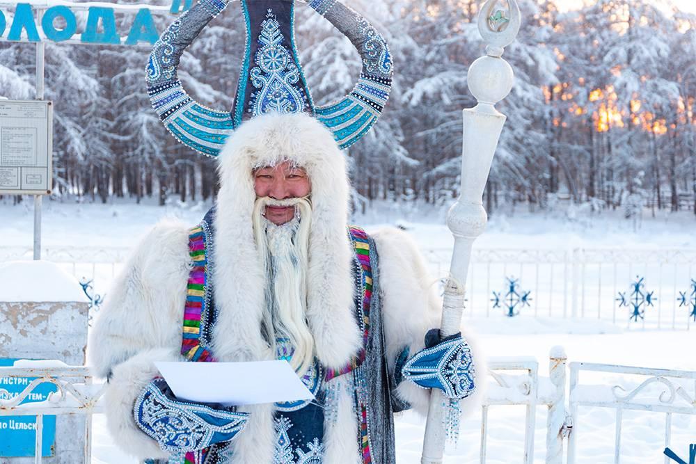 Это Чысхаан на фестивале «Полюс холода». Его иногда называют якутским Дедом Морозом. Источник: Piu_Piu / Shutterstock