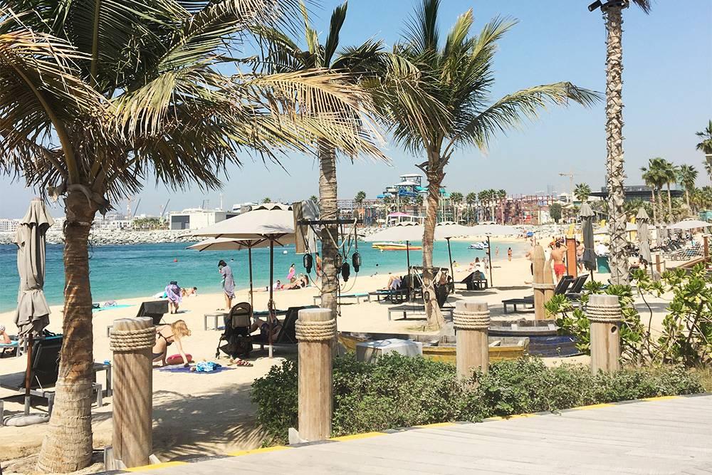 Один из пляжей в Дубае