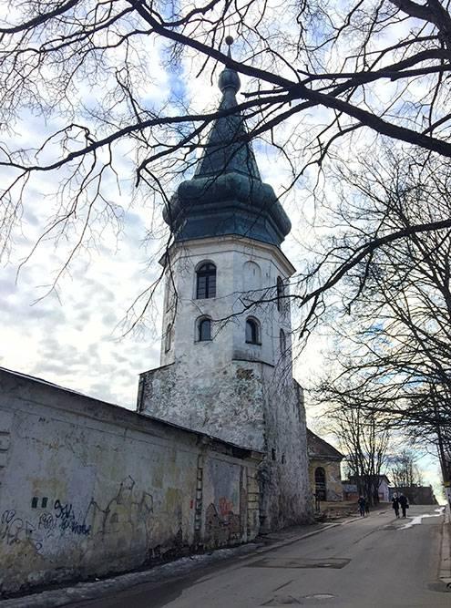 За исключением Крепостной улицы и Выборгского замка в Выборге очень малолюдно и спокойно