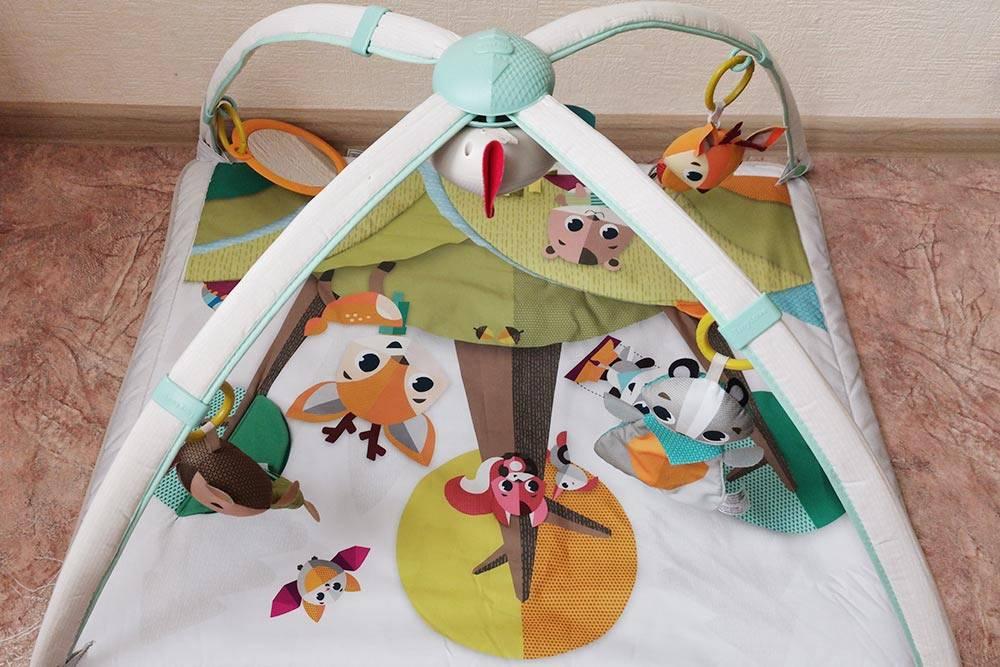 В этом развивающем коврике ребенок играл до четырех месяцев