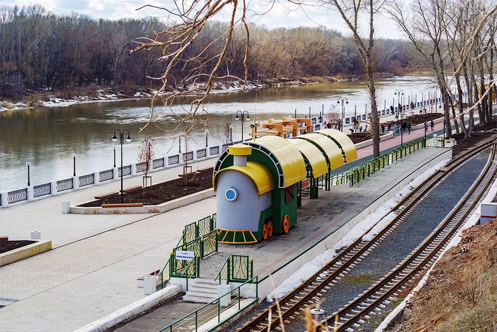 Оренбургская детская железная дорога. Источник: Vadim Orlov/ Shutterstock