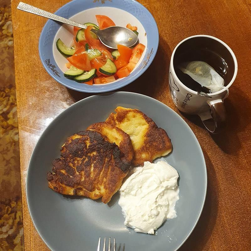 Ужин приготовил М.