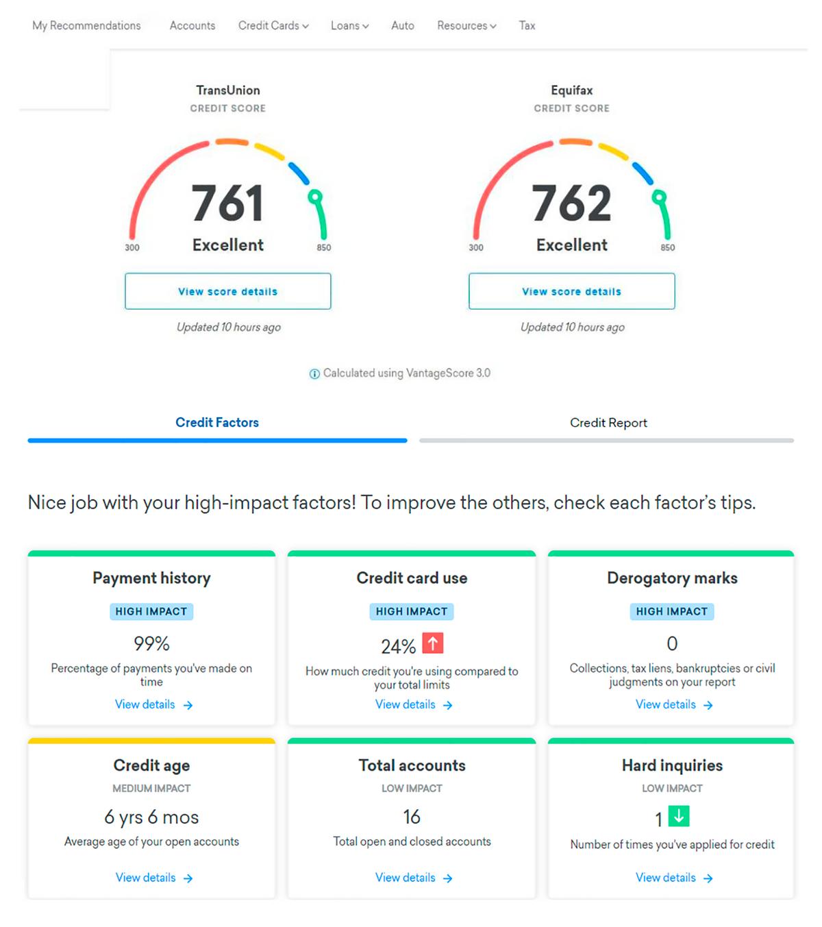 В приложении Credit Karma можно бесплатно следить за своим рейтингом. Здесь отмечают количество проверок и открытых счетов. Еще можно проверить шансы на получение новой кредитной карты, а также наблюдать за показателями: почему рейтинг повысился или понизился