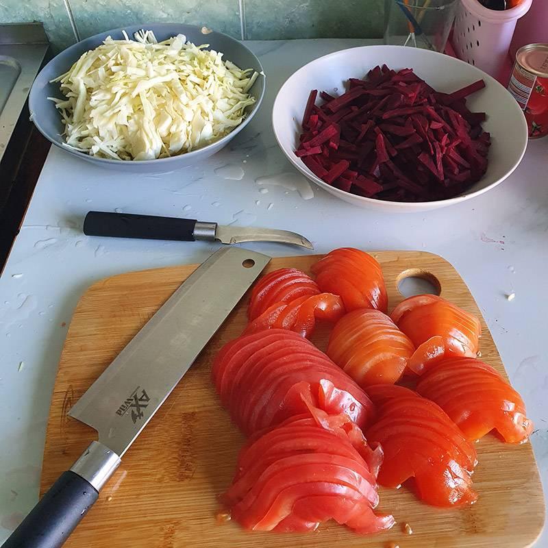 Получаю эстетическое удовольствие от шинкования овощей