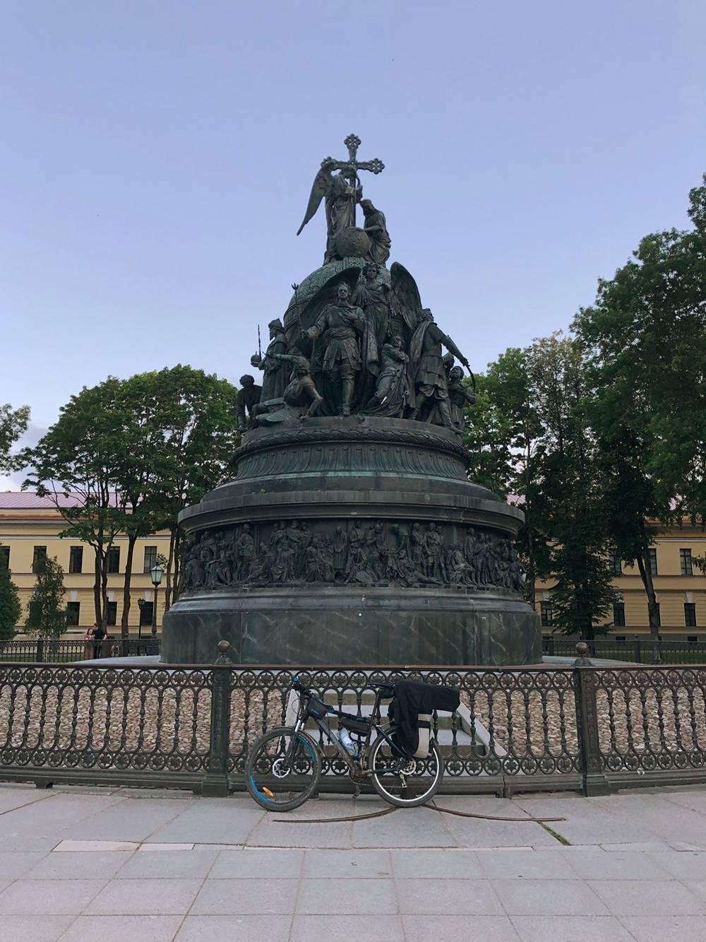 На закате успел доехать до Новгородского кремля