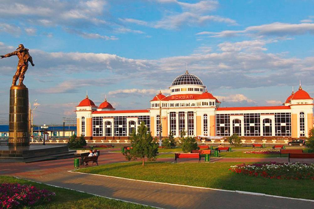 Железнодорожный вокзал Саранска. Автор: Юлия Честнова
