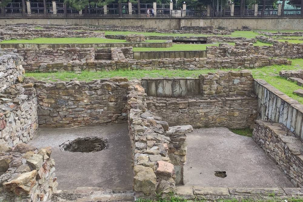 На территории Анапского археологического музея находятся развалины Горгиппии