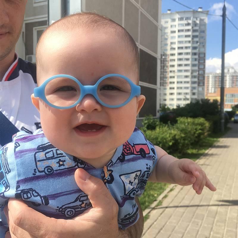 Первый день в очках