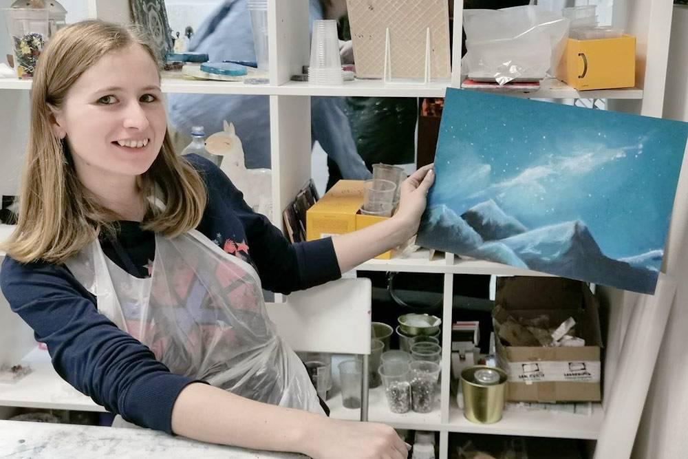 Таня рисовала сухой пастелью первый раз вжизни, ивот что унее получилось