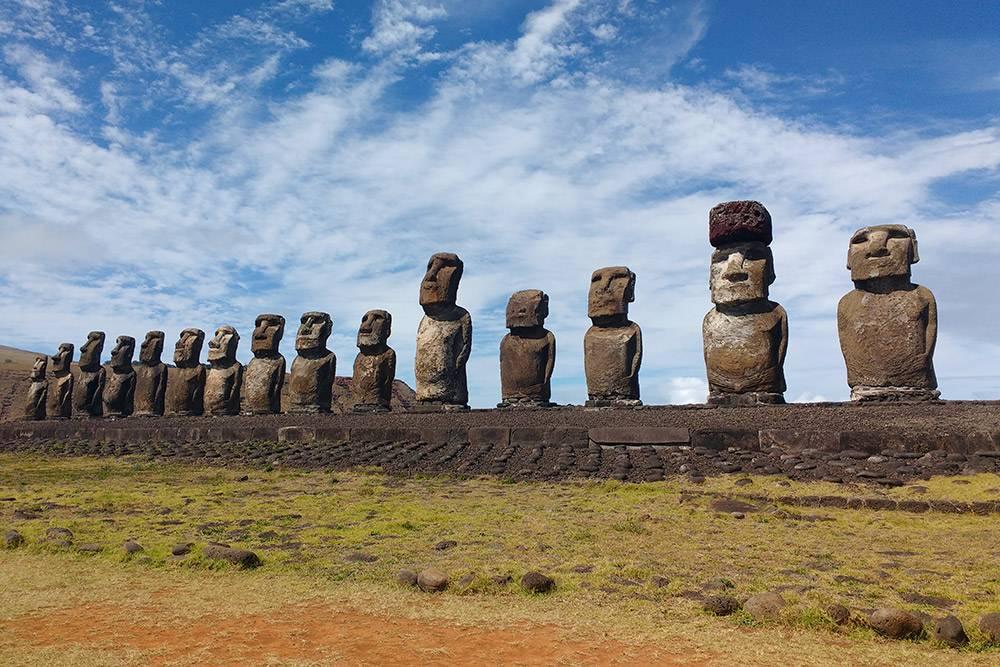 Аху Тонгарики наострове Пасхи — 15истуканов, которые смотрят наокеан иохраняют остров