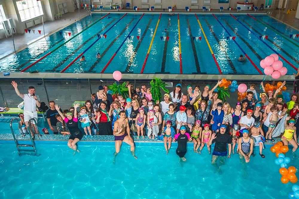 Весной 2017 года «Аква-класс» провел фестиваль по грудничковому плаванию среди своих учеников в Хабаровске. Это был большой семейный праздник, где дети показывали, чему они научились за время занятий в студии. Родители могут в неформальной обстановке познакомиться со всеми инструкторами, пообщаться друг с другом и похвастаться успехами детей