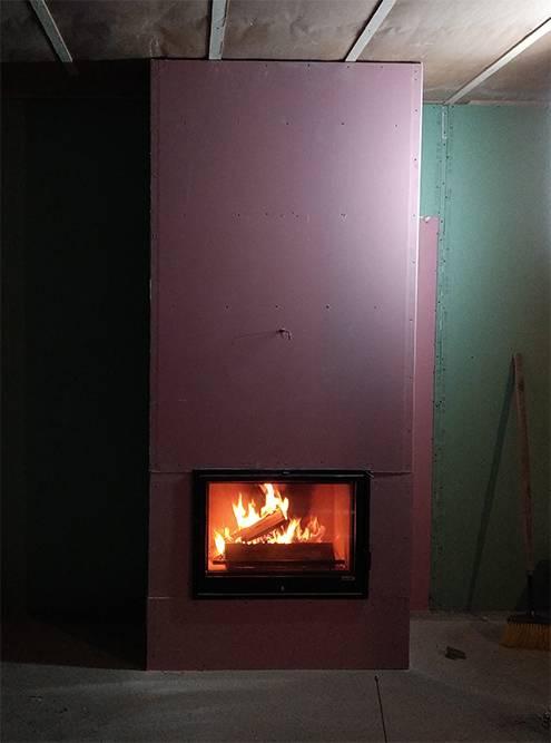 После тяжелого дня созерцание огня успокаивает и расслабляет