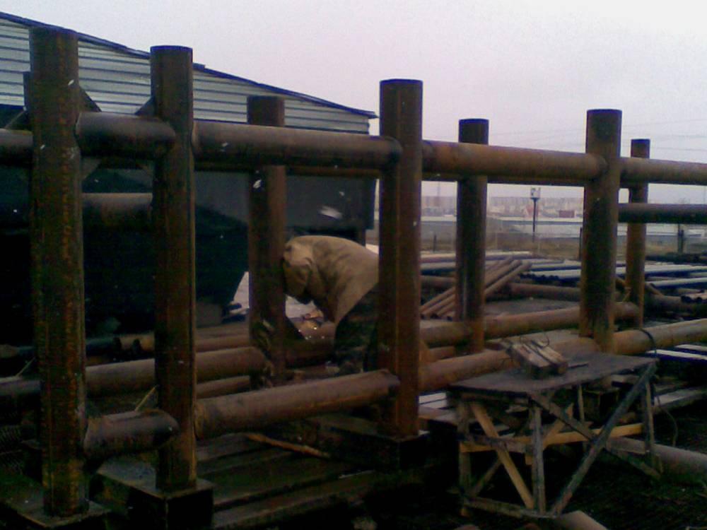 Основание для установки, которая качает нефть
