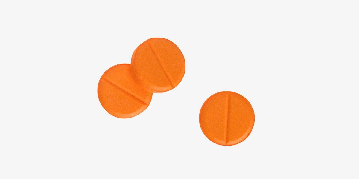 Врач назначил витамины: гдеих взять и как принимать
