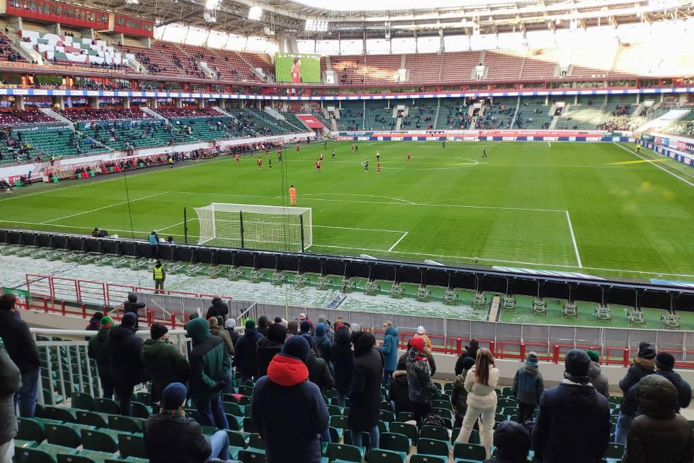 Поход на зимний футбол — досуг для отъявленных ценителей
