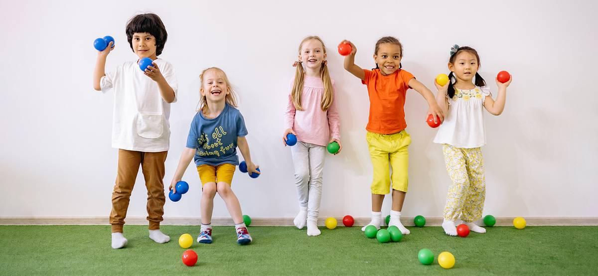 Волонтеров из России приглашают работать в эстонский детский сад