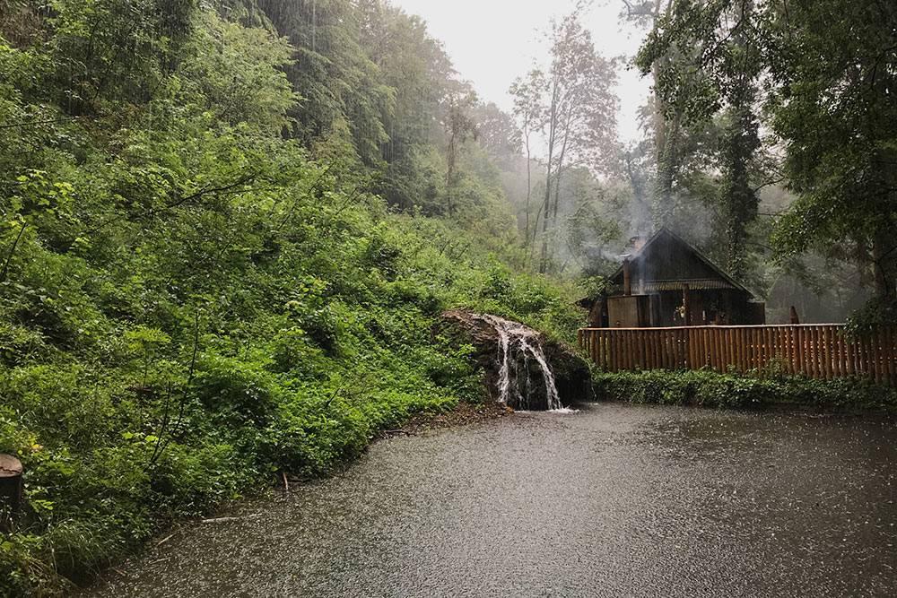 На территории заповедника Салайка-вёлдь много природных достопримечательностей — закладывайте целый день, чтобы по-настоящему насладиться этим местом