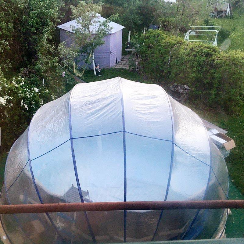 Бассейн с куполом. Вид из моего окна