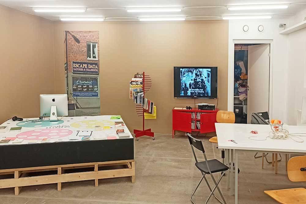 Галерея Index, слева — наше рабочее место, Стокгольм