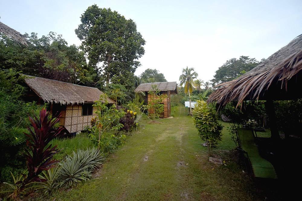 Бунгало в резорте для сыроедов на острове Самал