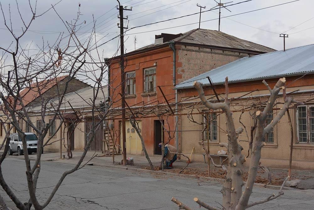 Улица Саят-Новы