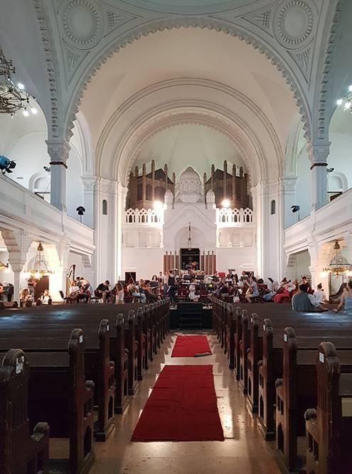 Синагога открыта только во время концертов и репетиций
