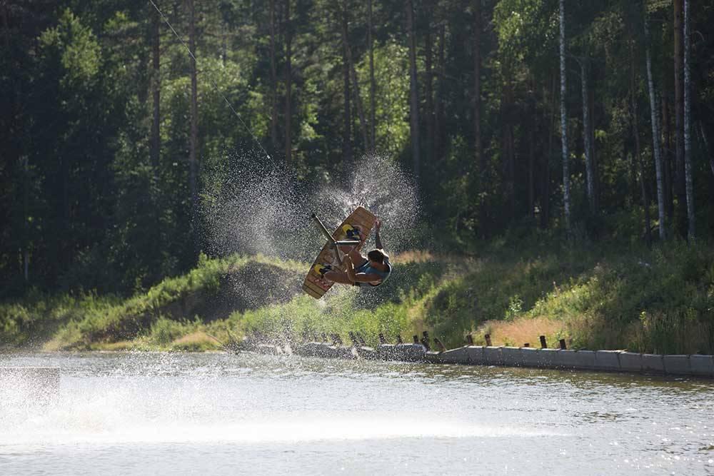 А летом заняться вейксерфингом. Источник: страница «Кулига-парка» во «Вконтакте»