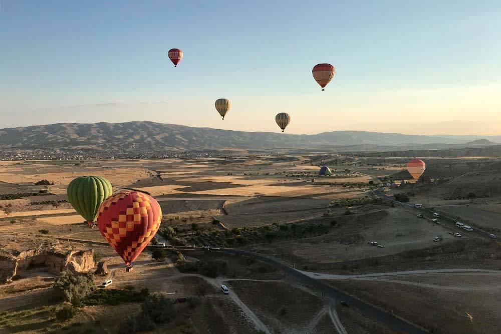Каппадокия известна среди туристов именно воздушными шарами